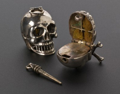 Middle Ages Skull Vinaigrette